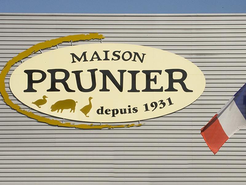Facacde de la manufacture Maison Prunier
